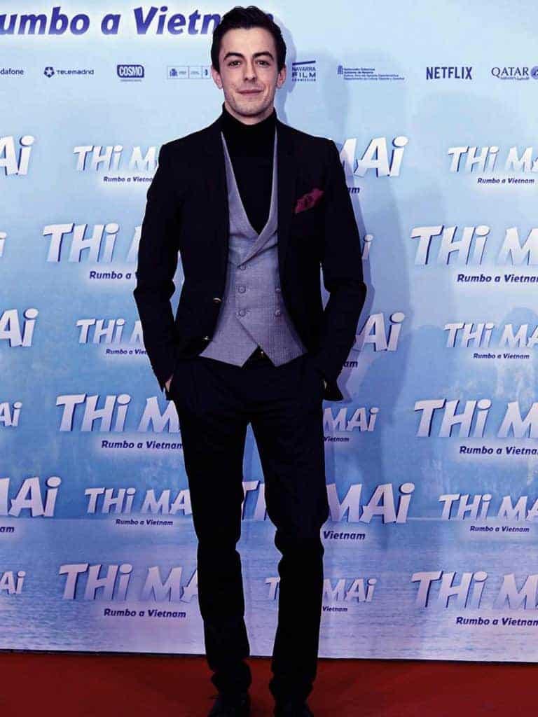 """El actor Víctor Palmero con total look en el estreno de la película """"Thi Mai, rumbo a Vietnam"""""""
