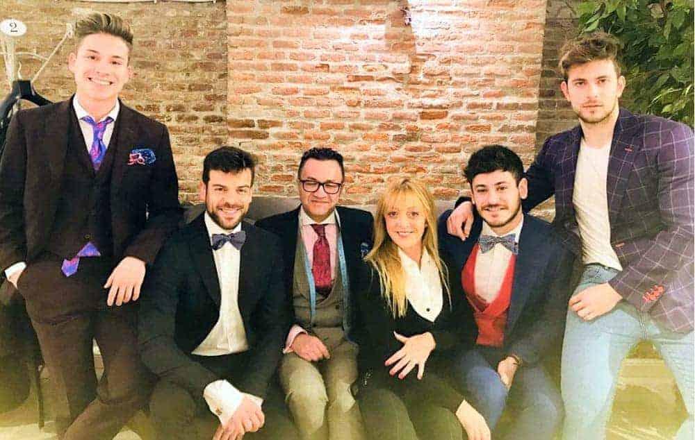 Bere Casillas viste a los chicos de Operación Triunfo para los premios Forqué de cine.