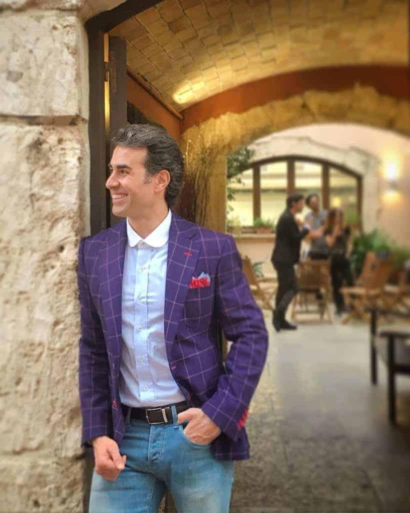 El actor Daniel Muriel con americana Bere Casillas en la premiere de Cançó per a tu en Barcelona