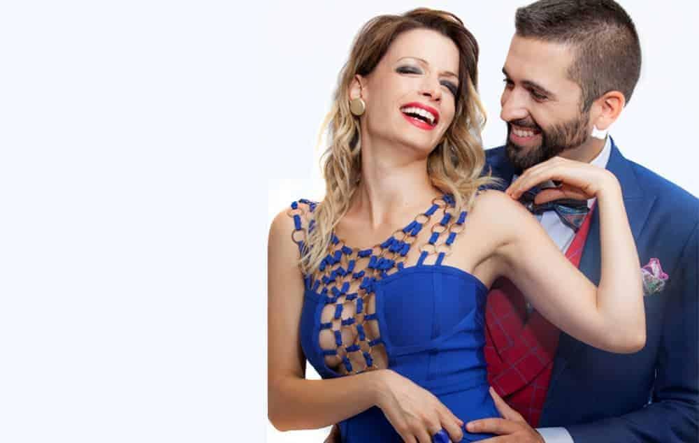 """El actor y cómico Keunam con total look Bere Casillas en """"El Mundo""""."""