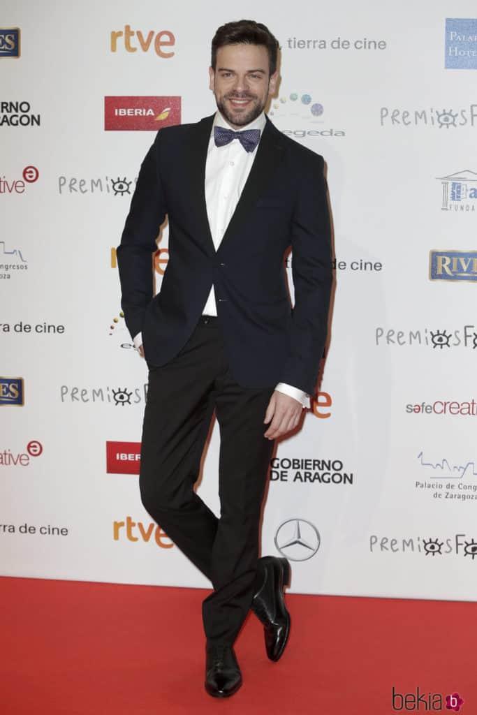 Ricky, de OT, vestido por Bere Casillas en los premios Forqué