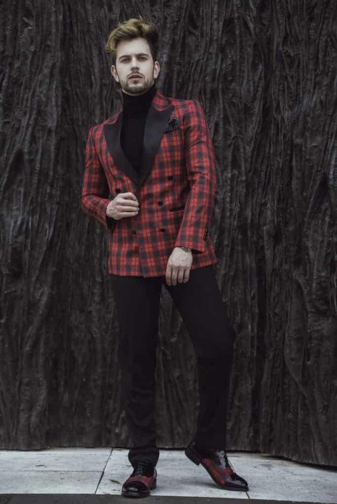 Gautier 3 - Bere Casillas diseña suprimera colección de zapatos con los tejidos de sus trajes y americanas.