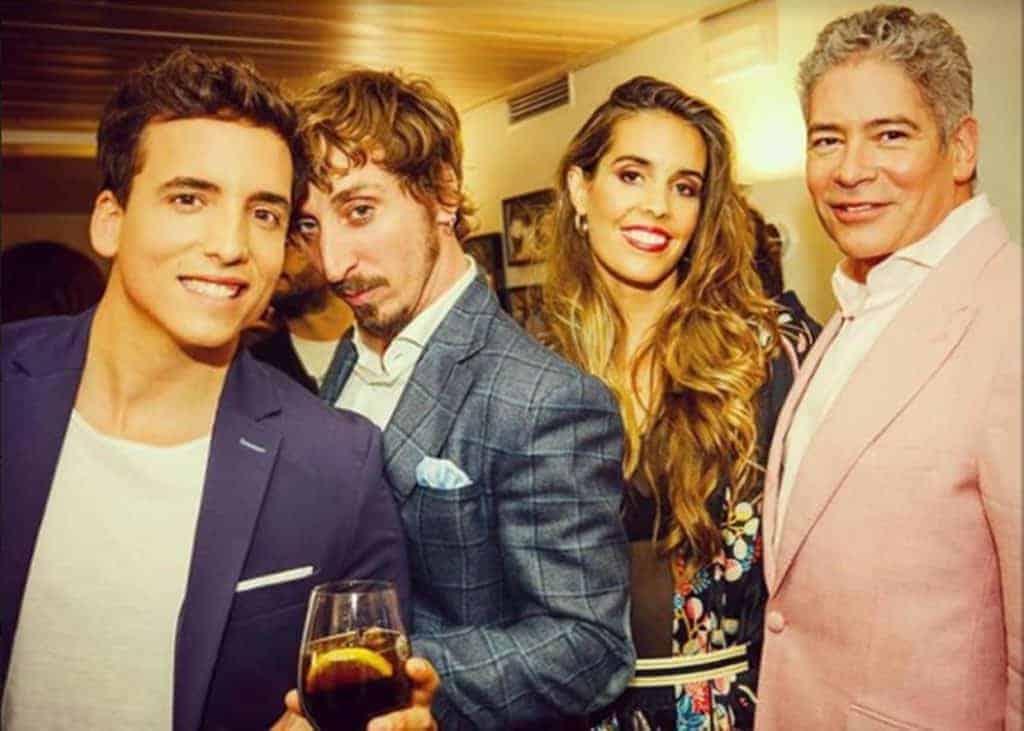 Xuso Jones, Iván Massagué, con americana Bere Casillas, Boris Izaguirre y Ona Carbonell en la inauguración del nuevo restaurante Máster Chef
