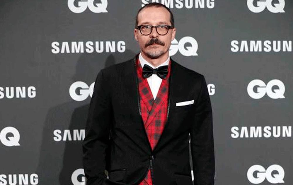 Fele Martinez con esmoquin a medida firmado por Bere Casillas en los Premios GQ Hombres del Año