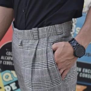 Pantalón a medida hombre con pinza doble.