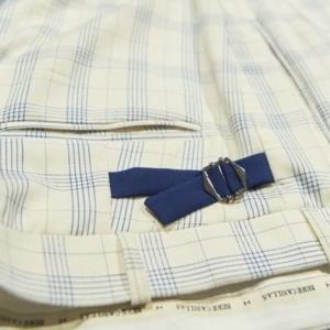 Pantalón a medida verano hombre cuadros beige claro